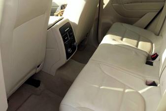 Volkswagen Touareg 2011 Family