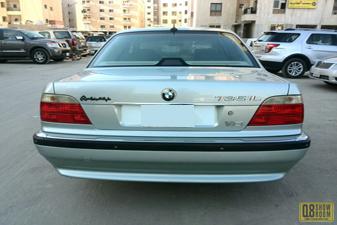 BMW 735 iL 2001 Sedan