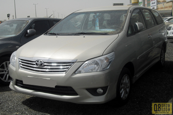 Toyota Innova 2013 Mini-van