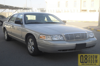Ford Crown Victoria 2011 Sedan