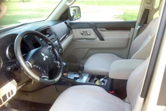 Mitsubishi Pajero 2010 4x4