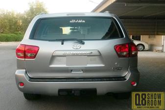 Toyota Sequoia 2011 Family