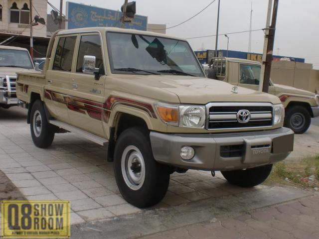 Toyota Land Cruiser Pickup 2013