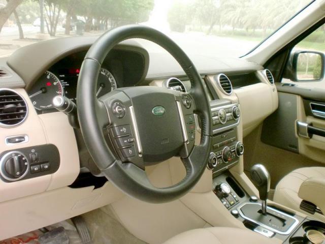 Land Rover LR4 2013