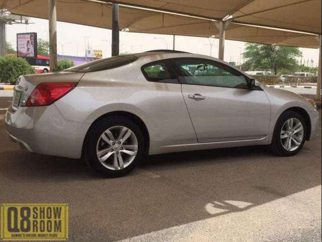 Nissan Altima Coupe 2012