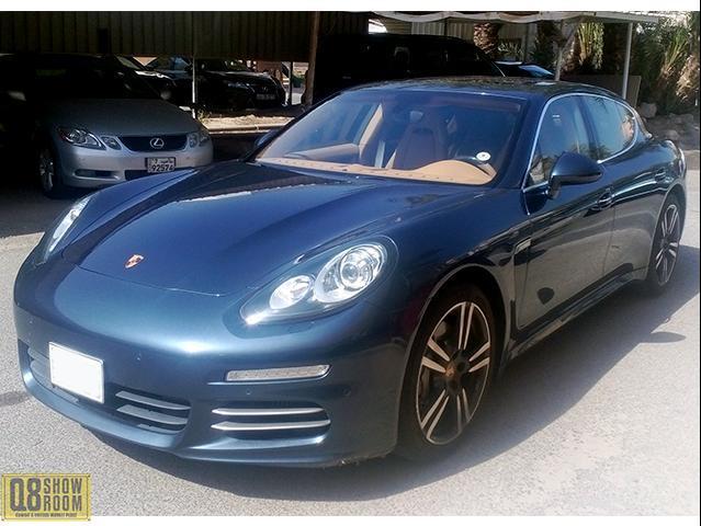 Porsche Panamaera 4S 2014