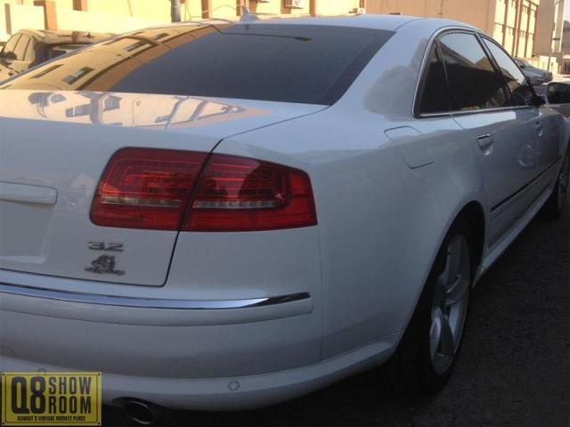 Audi A8L 2010