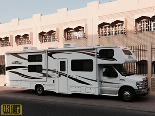 Ford Caravan 2012
